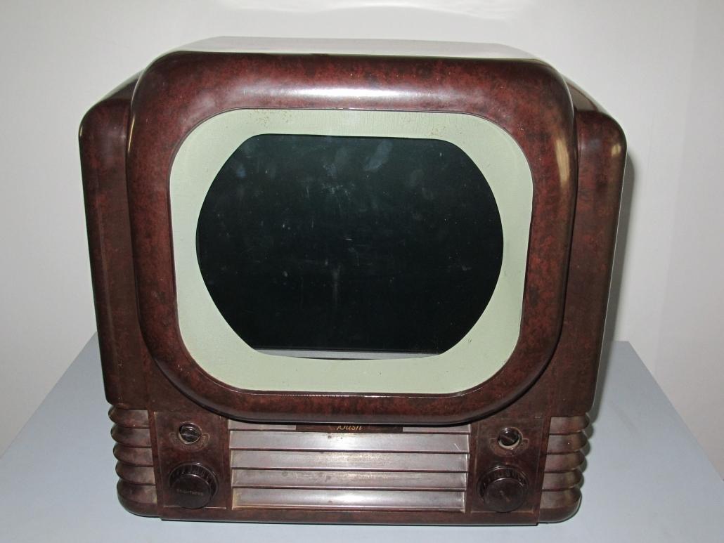 1950s Bakelite TV